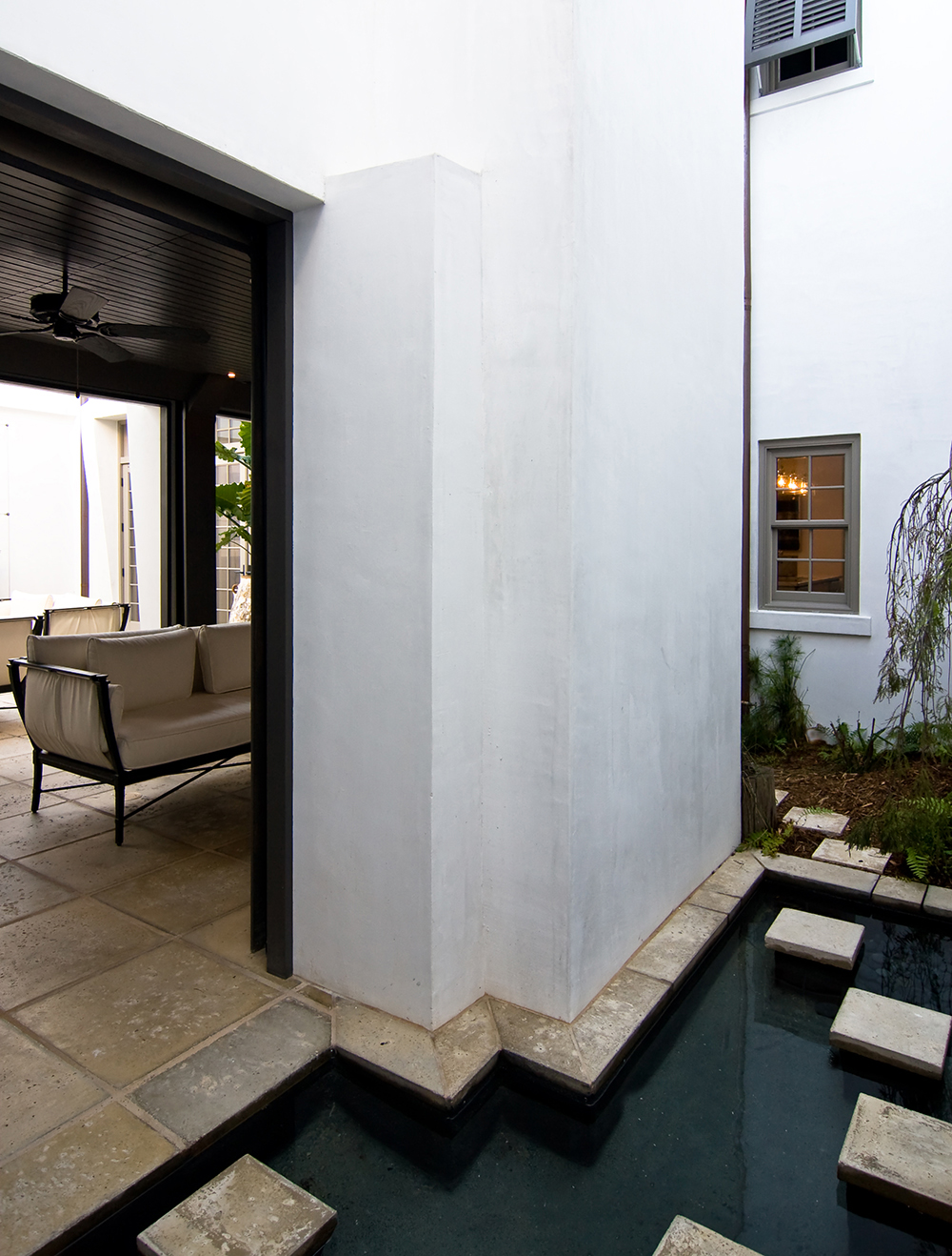 McNamara-Alys Beach House-Hogpenny Lane-Exterior-Secret Garden