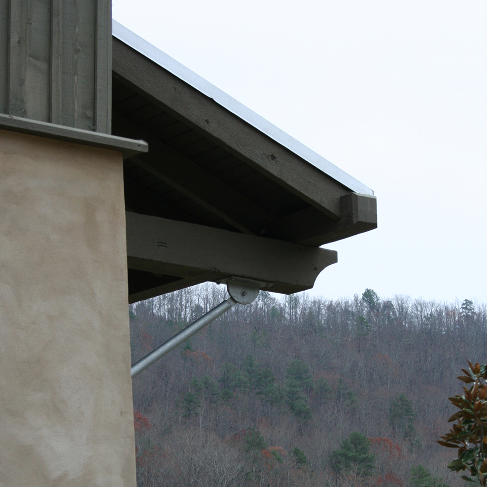 McNamara-Saunders Bridge House-Exterior-Bracket